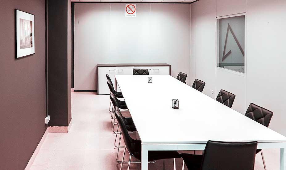 Coworking y alquiler de oficinas en bilbao alzola coworking for Alquiler de oficinas en bilbao